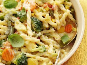 Gemüse-Nudel-Gratin Rezept