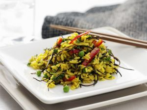 Gemüse-Reissalat mit Algen Rezept