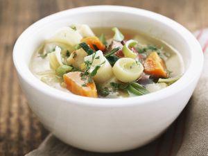 Gemüse-Speck-Suppe Rezept