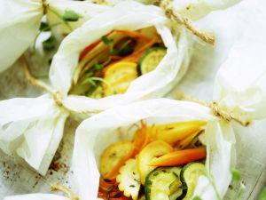 Gemüsepäckchen aus dem Ofen Rezept