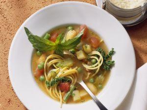 Gemüsesuppe auf italienische Art Rezept