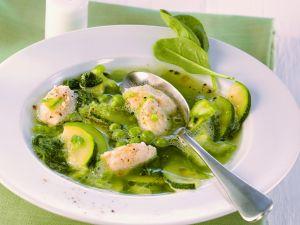 Gemüsesuppe mit Geflügelnocken Rezept
