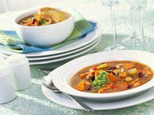 Gemüsesuppe mit Möhren und Bohnen Rezept
