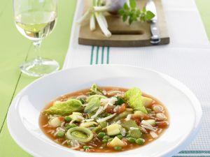 Gemüsesuppe mit Reis auf italienische Art Rezept