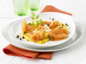Geräucherter Lachs mit Mango und Kapern Rezept