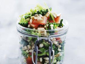 Gerstensalat mit Brokkoli und Tomate Rezept