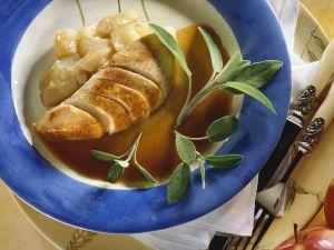 Geschmorte Pute mit Apfel und Salbei Rezept