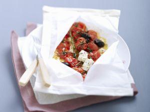 Geschmorte Tomaten mit Feta und Oliven Rezept