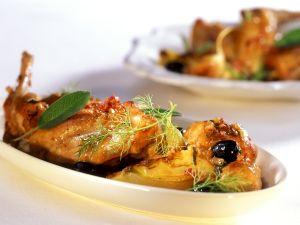 Geschmortes Kaninchen mit Fenchel und Oliven Rezept