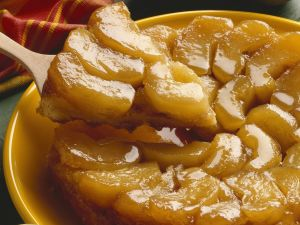 Gestützter Apfelkuchen (Tarte Tatin) Rezept