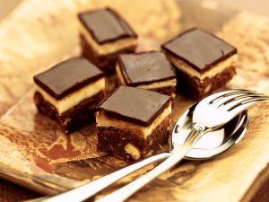 Gewürzgebäck mit Marzipan und Schokolade Rezept