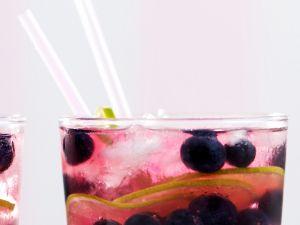 Gin Tonic mit Früchten Rezept