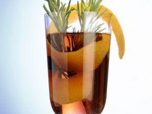 Glühwein mit Rosmarin Rezept
