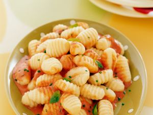 Gnocchi mit cremiger Tomatensauce Rezept