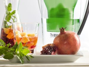 Granatapfel-Rosmarin-Wasser Rezept