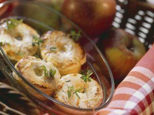 Gratinierter Ziegenkäse mit Apfel Rezept