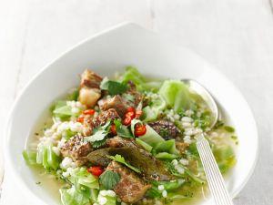 Graupen-Kohlsuppe mit Rindfleisch Rezept