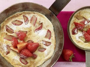 Rhabarber-Grießpfannkuchen