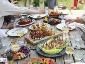 Sommertrend: Laden Sie ein zum Grill-Brunch