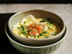 Grüne Gemüsesuppe mit Lachs Rezept