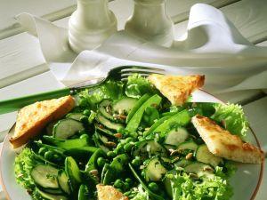 Grüner Gemüsesalat mit Käseecken Rezept