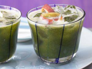 Grüner Nektarinen-Drink Rezept