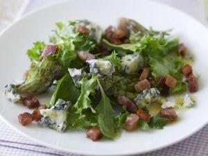 Grüner Salat mit Schinken und Blauschimmelkäse Rezept