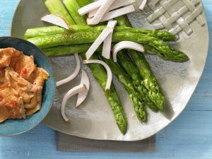 Grüner Spargel mit Hähnchenbrust Rezept