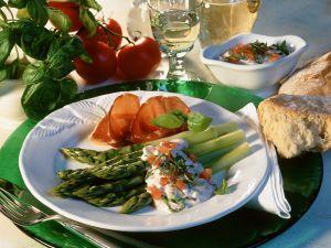 Grüner Spargel mit Ricottacreme Rezept