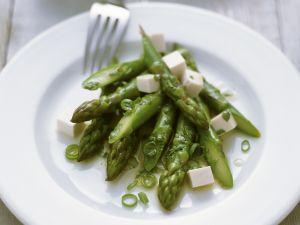 Grüner Spargelsalat mit Tofu Rezept
