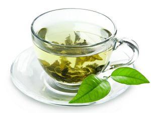 Grüner Tee schützt vor Sonnenbrand