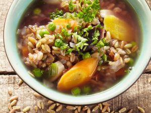 Grünkern-Gemüsesuppe Rezept