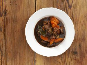 Gulasch mit Lauch und Karotten Rezept