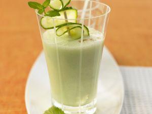 Gurken-Smoothie mit Buttermilch Rezept