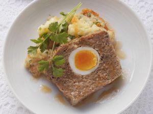 Hackbraten mit Kartoffel-Karotten-Püree Rezept