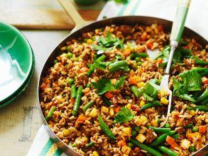 Hackfleisch-Reis-Pfanne mit Gemüse Rezept