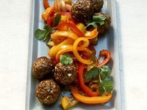 Hackfleischbällchen und Paprikagemüse mit Ingwer Rezept