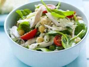 Hähnchen-Kichererbsen-Salat mit jungen Spinat Rezept
