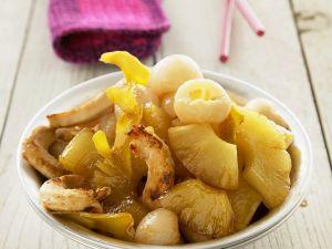 Hähnchen mit Früchten aus dem Wok Rezept