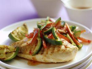 Hähnchen mit Gemüsesalat Rezept
