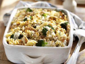 Hähnchen-Nudel-Auflauf mit Brokkoli Rezept