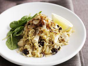 Hähnchen-Pilaw mit Sultaninen Rezept