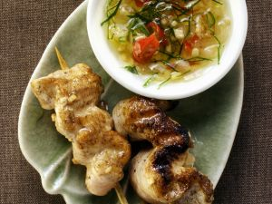 Hähnchen-Saté mit scharfem Dip Rezept