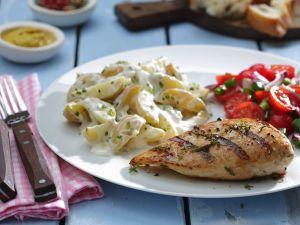Hähnchen vom Grill mit Kartoffelsalat Rezept