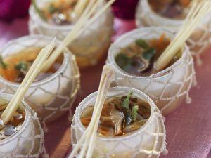 Hähnchen-Zitronengras-Suppe mit Shiitake Rezept