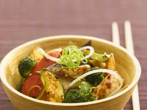 Hähnchenbrust mit Gemüse aus dem Wok Rezept