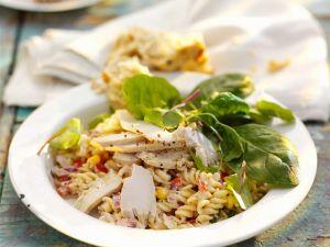 Hähnchenbrust mit Nudelsalat Rezept
