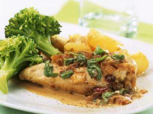 Hähnchenbrustfilet mit Estragon-Sahne-Sauce, Brokkoli und  Kartoffeln Rezept