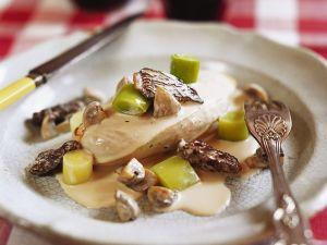 Hähnchenfilet mit cremiger Morchelsoße Rezept