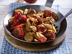Hähnchengeschnetzeltes mit Pfannen Pasta Rezept